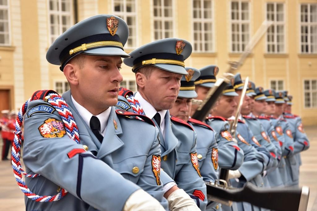 Hlídali Zemana. V Afghánistánu slouží první vojáci Hradní stráže, dávají pozor i na zrádce