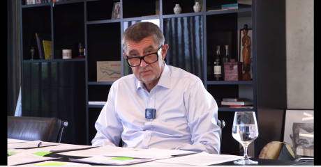 Babiš's obsession with astrology and seers: I have to believe in something, he says